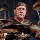 Neil Pert de Rush cumple 65 años 12 de septiembre